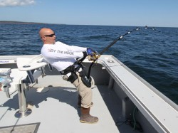 Steve Palmo applying 50lbs+ of drag pressure to a 950lb giant bluefin tuna